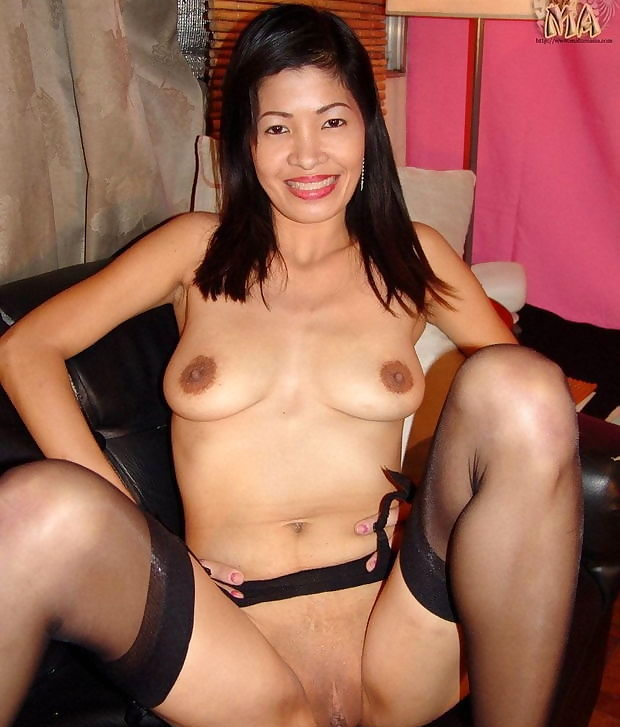 Sexy mature with a smile