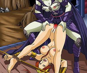Evil-Lyn nails a captive Teela
