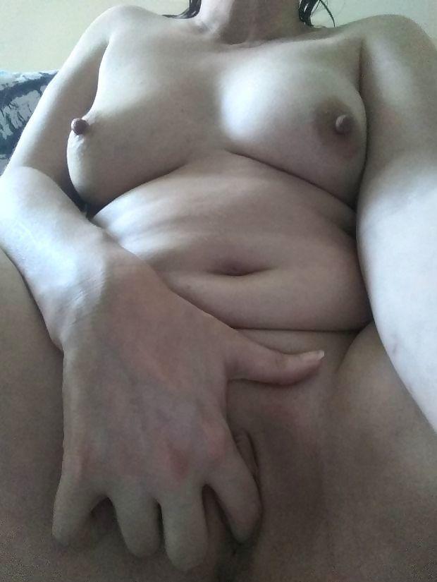 Stacy masturbating