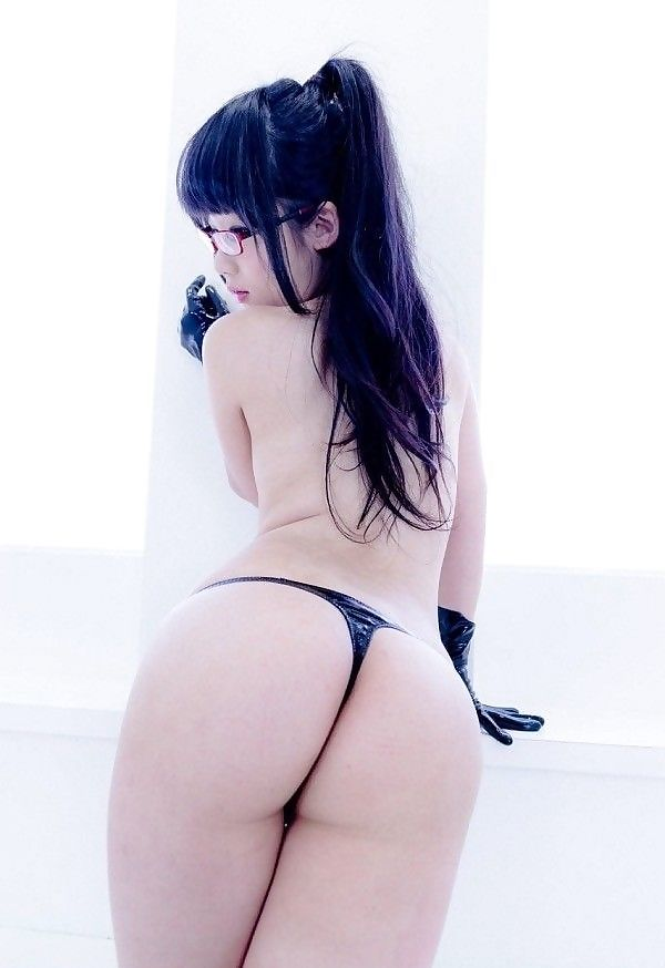 Topless Hot Japan Beauty Wearing Glasses A Tiny Black Gstring Showing Her Tight Butt