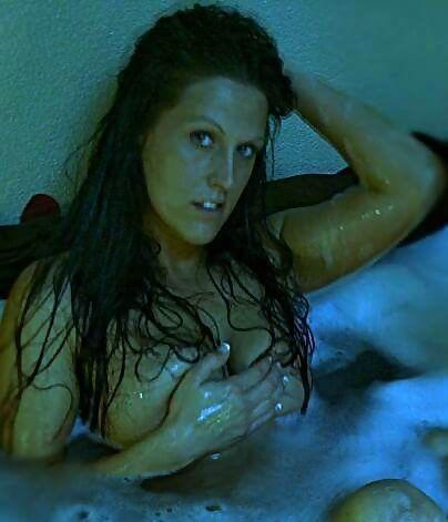 Nude Gilf