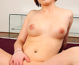 Lusty Marcy Lee enjoying her cunt in sexy solo