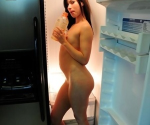 Smokin\' atypical treatment for amateur erotica devotees awaits u in kitchen