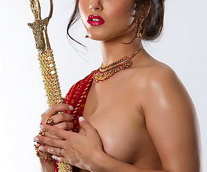 Sword wielding Sunny Leone dressed like Indian princess in tease set