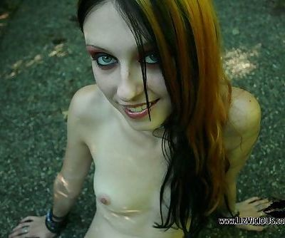 Goth cutie with a fresh young pussy she wants to model