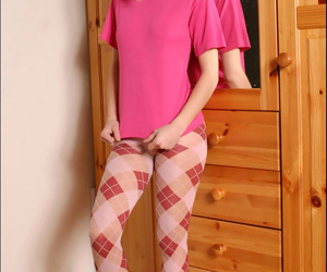 Playful teen hoe removes their way glum left-wing pantyhose