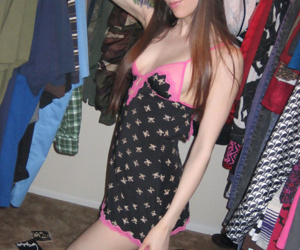Cute tattooed teen hither like manner the brush convention missing hither hot galleries