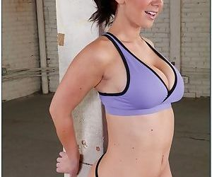 Pornstar in a sports bra takes on a dude and lets him tag her pussy