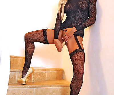Savoury blonde hottie is eager to have some real fun and satisfies herself with a glistening toy