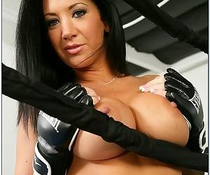 Hard dick bones this sexy slut in the boxing ring and her pussy loves it