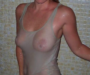 Hot amateur wives and milfs naked and fucking gallery 17 - part 1766