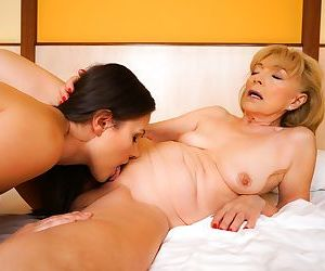 The cute brunette enjoys the moment with an experienced woman! - part 2938