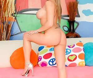 Rachel roxxx is a tanned dirty blonde with a pretty face - part 1492