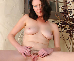Veronica snow got a big milf pussy - part 2813