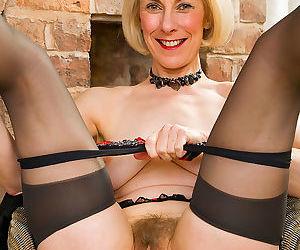 52 year old hazel struts her stuff - part 2048