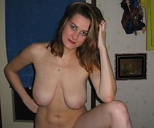 Busty amateur moms spreading outdoor - part 1331
