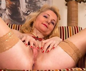 Lily roma mature blonde in tan stockings shows a twat - part 216