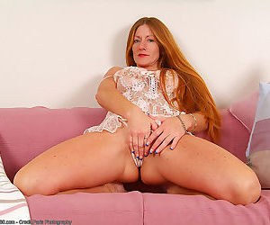 Redheaded milf wendy in crotchless lingerie playing - part 866