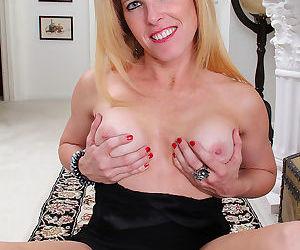 Blonde milf gail got some perkies going - part 2477