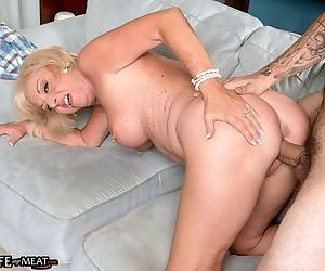 Comme ci mature wife luminousness andrews eternal fucked here cuckold porn - part 2689