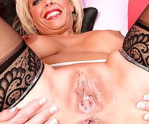 Older blonde divorcee carey riley shows off her twat with her legs wide open - part 1831