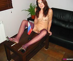 Amateur pics of nude amateur milfs - part 42