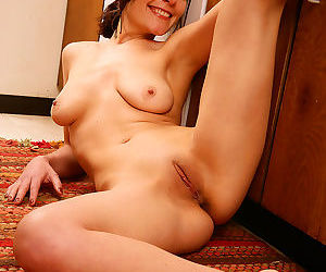 Petite and mature camilla displays the perfectly aged cameltoe - part 1192