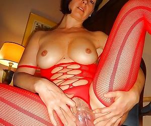 Wives and milfs in full frontal nudity - part 2969