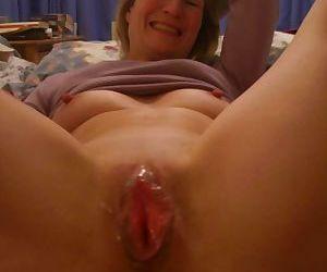 Amateur mature woman - part 2714