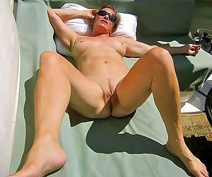 Mature wife michelle exposed naked - part 2225