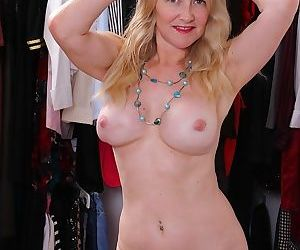 Busty mature amateur eva griffin naked in closet - part 2568