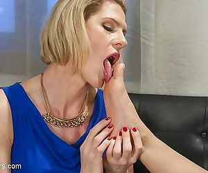Delia delions busty ts kissing and fucking naked girl kimmy lee - part 2507