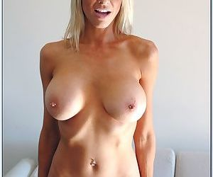 Dazzling MILF Emma Starr showing off booming tits and shaved slit - part 2