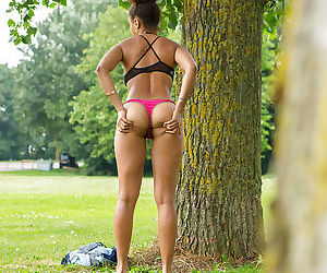 Creepy voyeur watches ebony female Whitney dressing naked body in park - part 2