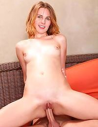 Young pornstar Jonni Hennessey gets impaled by a large penis
