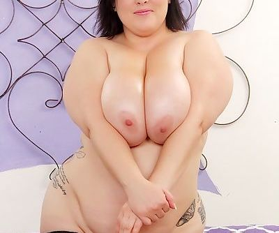 Mature fatty Bunny de la Cruz with oiled saggy tits sucking cock - part 2