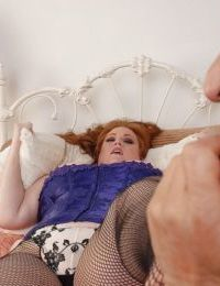 Fatty mature Julie gives a nice titjob and fucks in close-up