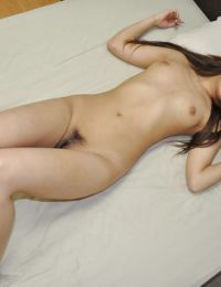 Sweet Japanese youthful Nozomi Kahara has some cage of love toying and fingering getting joy