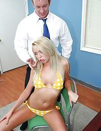 Brynn Tyler trying to make her employee fully satisfied