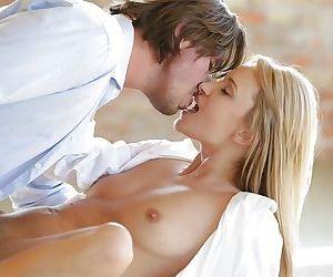 Blonde pornstar Angel Piaff having shaved vagina fingered while kissing - part 2
