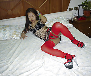 Splendid Asian exotic girl Fun poses in extravagant outfit on bed - part 2