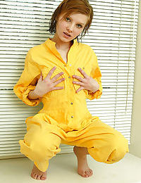 Horny teen Kristina I masturbating her hairy cunt with a vibrator