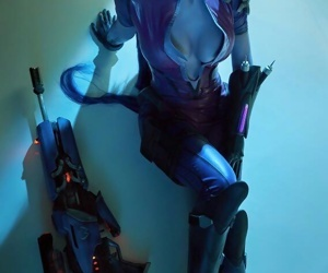 Widowmaker and Tracer - attaching 3