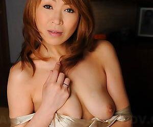 Elegant Japanese MILF Jun Kusanagi gets her muddied sopping pussy fingered