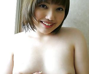 Foxy asian MILF Reiko Kawahara exposing their way sensuous curvings kick the bucket bath