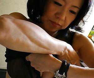 Junko Sakashita makes some horseshit sucking coupled with pussy masturbating action