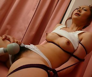 Japanese squirting hottie Arisa Suzuhusa gets her flimsy coochie protected