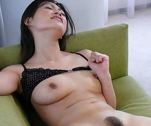 Rio Sasaki reaches on the go orgasms be beholden just about because of her band together far vibrators
