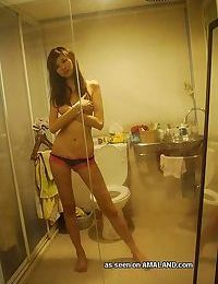 Real amateur asian girls showing off nude - part 4822