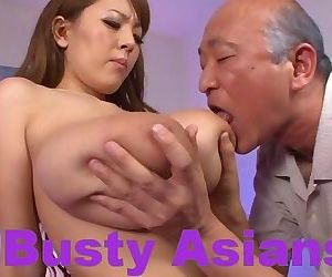 Big boobs japanese hitomi tanaka fucked in the bed - part 3524